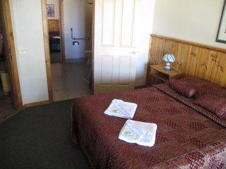 image augusta_accommodation_sheoak_chalets-13-jpg