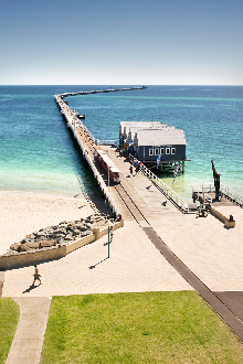 the-layout-of-busselton-jetty