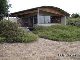 image hilltop-studios-margaret-river-chalet-12-jpg