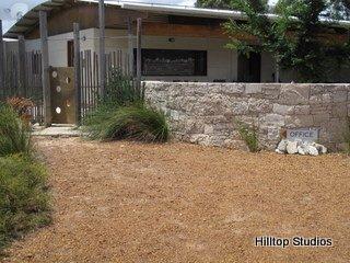 image hilltop-studios-margaret-river-chalet-2-jpg