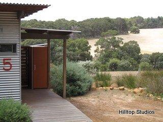 image hilltop-studios-margaret-river-chalet-21-jpg