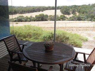 image hilltop-studios-margaret-river-chalet-5-jpg