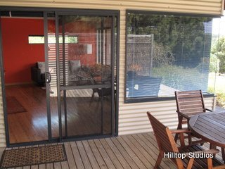 image hilltop-studios-margaret-river-chalet-6-jpg