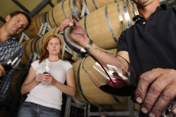 wine-tasting-and-tour